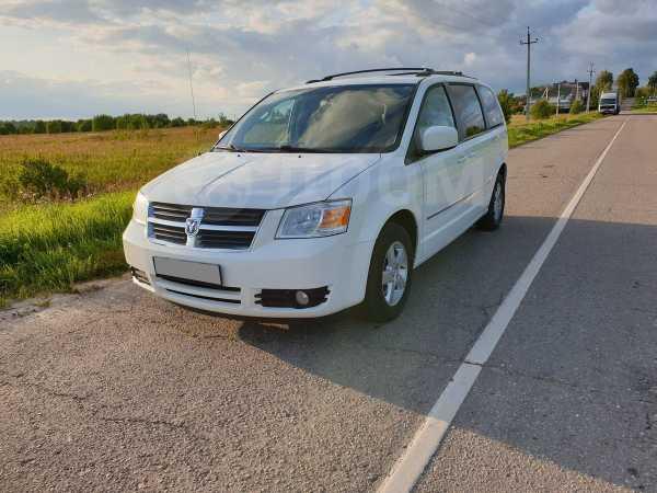 Dodge Grand Caravan, 2010 год, 599 000 руб.