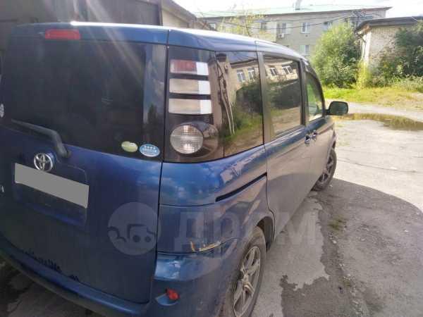 Toyota Sienta, 2007 год, 300 000 руб.