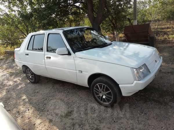ЗАЗ Славута, 2004 год, 80 000 руб.