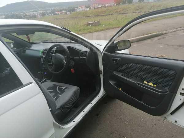 Toyota Caldina, 2000 год, 280 000 руб.
