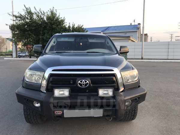 Toyota Tundra, 2010 год, 1 800 000 руб.
