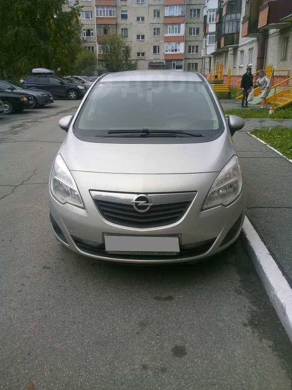 Opel Meriva, 2012 год, 400 000 руб.