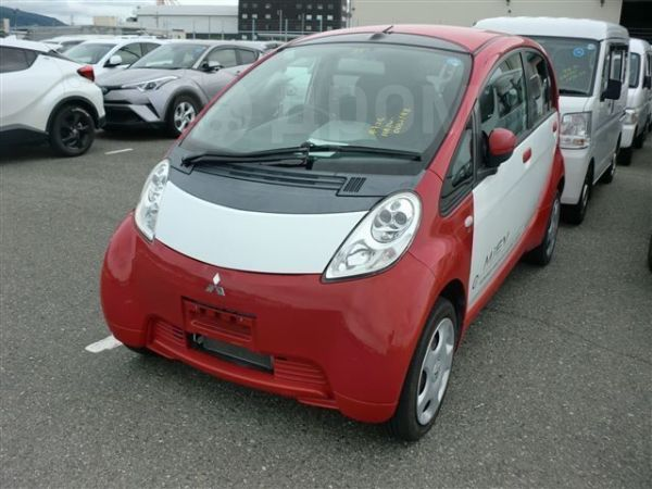 Mitsubishi i-MiEV, 2010 год, 375 000 руб.