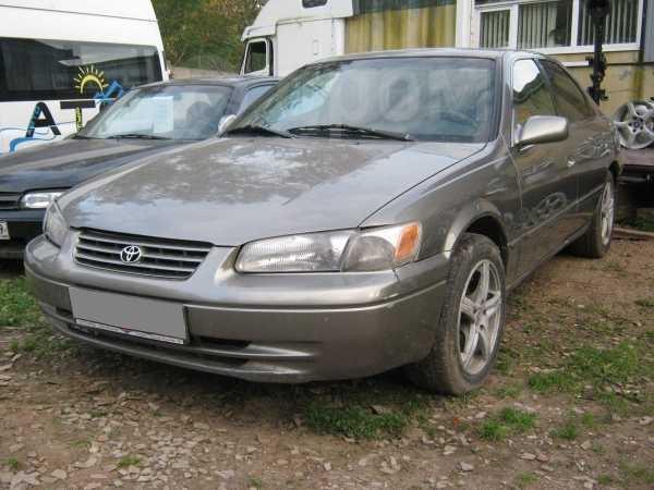 Toyota Camry, 1999 год, 179 000 руб.