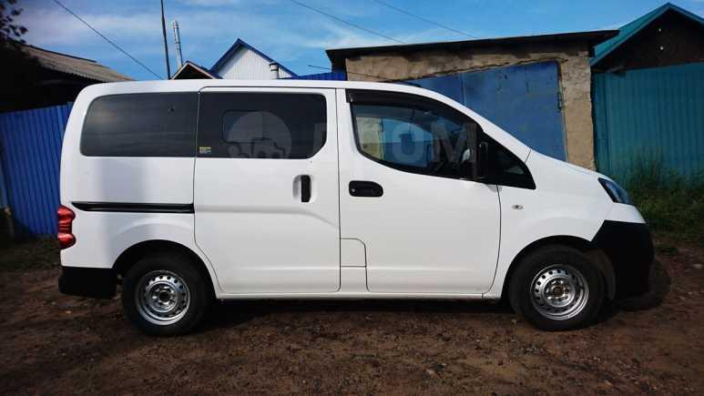 Nissan NV200, 2010 год, 499 000 руб.