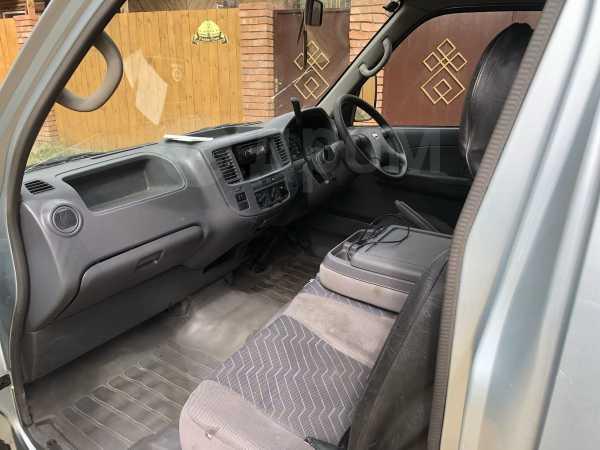 Nissan Caravan, 2003 год, 430 000 руб.