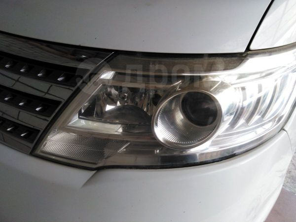 Nissan Serena, 2010 год, 555 000 руб.