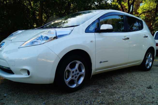 Nissan Leaf, 2012 год, 415 000 руб.