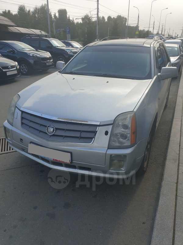 Cadillac SRX, 2004 год, 500 000 руб.