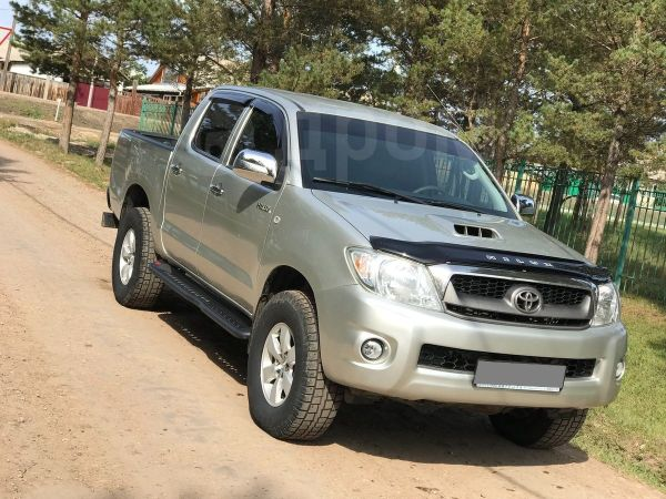 Toyota Hilux Pick Up, 2011 год, 1 090 000 руб.