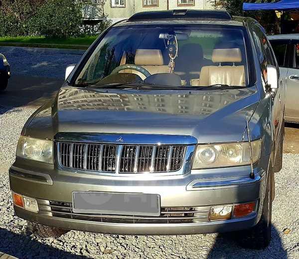 Mitsubishi Chariot Grandis, 2001 год, 275 000 руб.