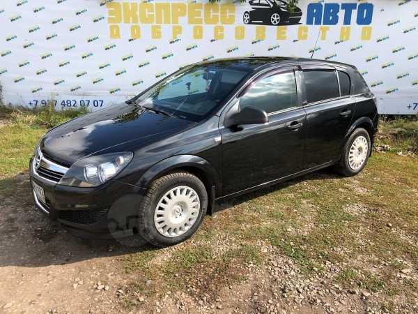 Opel Astra Family, 2013 год, 377 000 руб.