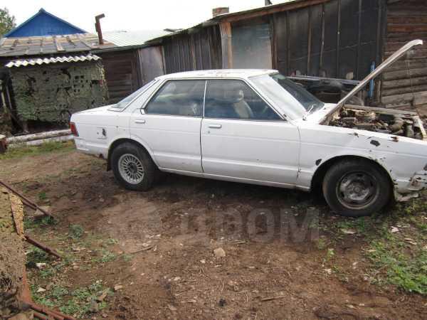 Nissan Bluebird, 1982 год, 30 000 руб.