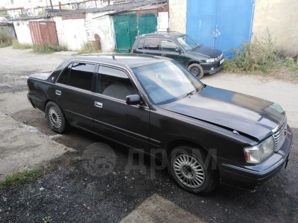 Toyota Crown, 1999 год, 150 000 руб.
