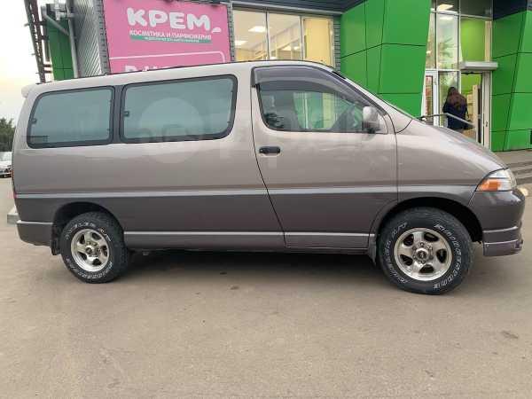 Toyota Granvia, 1999 год, 515 000 руб.