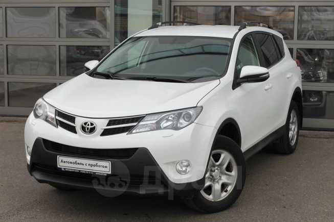 Toyota RAV4, 2015 год, 975 000 руб.