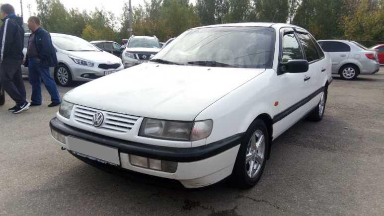 Volkswagen Passat, 1994 год, 83 000 руб.