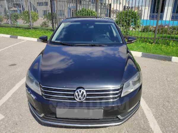 Volkswagen Passat, 2011 год, 470 000 руб.