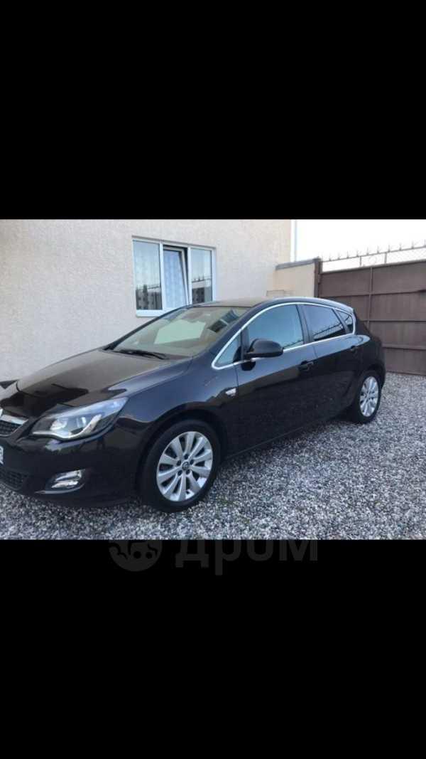 Opel Astra, 2010 год, 479 999 руб.