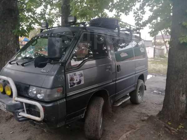 Mitsubishi Delica, 1988 год, 320 000 руб.