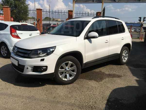 Volkswagen Tiguan, 2013 год, 749 000 руб.