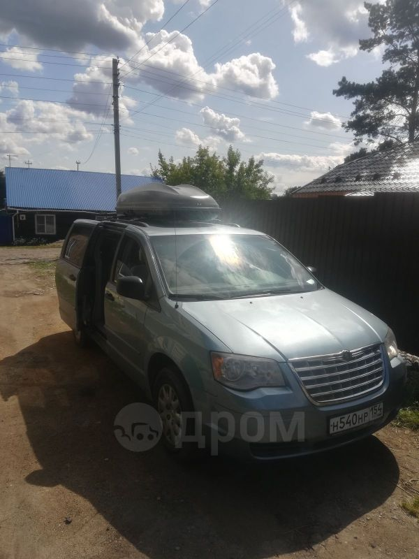 Chrysler Town&Country, 2007 год, 770 000 руб.