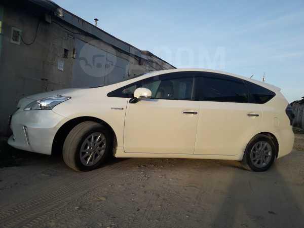 Toyota Prius a, 2012 год, 980 000 руб.