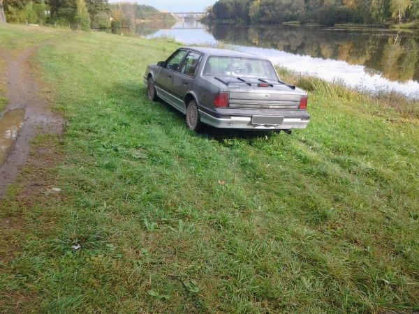 Oldsmobile Cutlass Ciera, 1989 год, 200 000 руб.