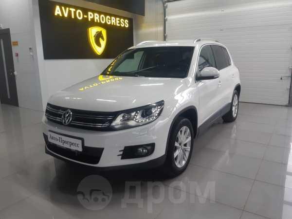 Volkswagen Tiguan, 2012 год, 830 000 руб.