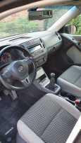 Volkswagen Tiguan, 2010 год, 530 000 руб.