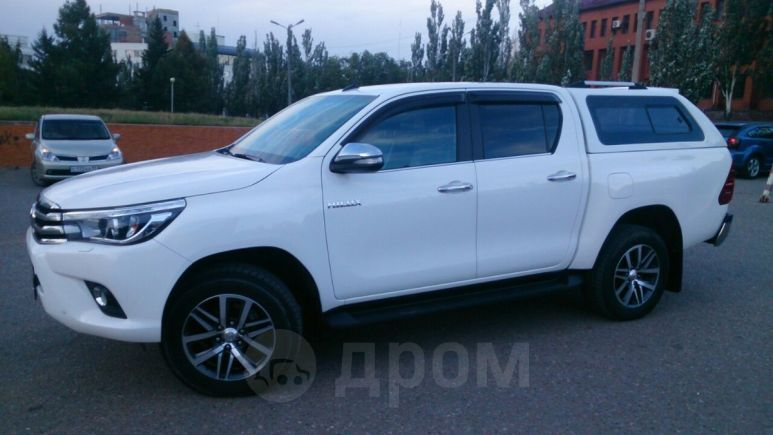 Toyota Hilux Pick Up, 2017 год, 2 180 000 руб.