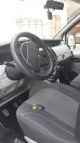 Renault Trafic, 2005 год, 799 000 руб.