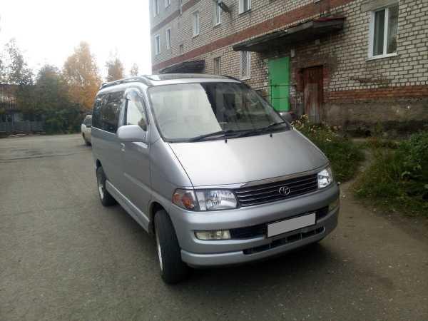 Toyota Hiace Regius, 1997 год, 395 000 руб.