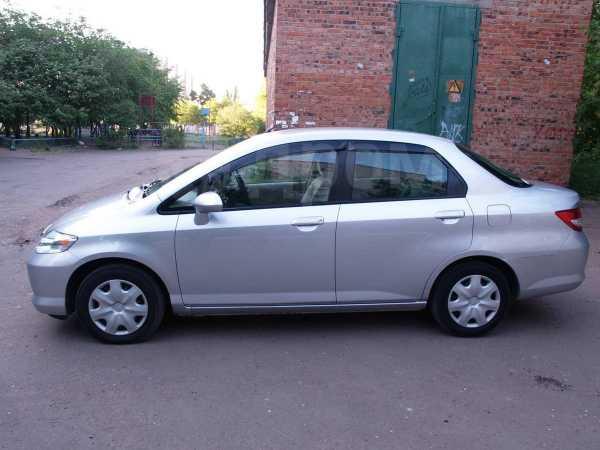 Honda Fit Aria, 2002 год, 435 000 руб.
