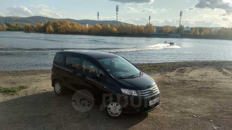 Honda Freed Spike, 2011 год, 600 000 руб.