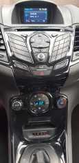 Ford Fiesta, 2015 год, 535 000 руб.