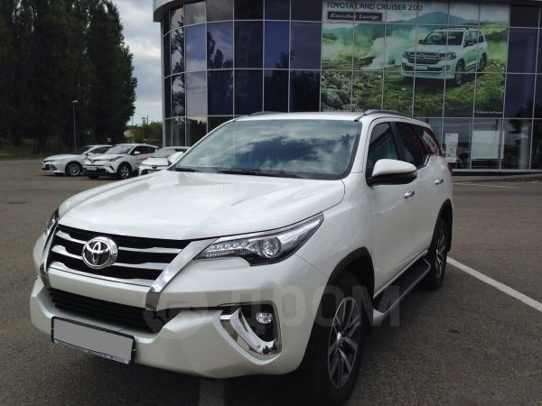 Toyota Fortuner, 2017 год, 2 590 000 руб.