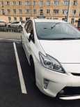 Toyota Prius, 2015 год, 969 000 руб.