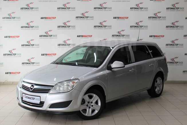 Opel Astra Family, 2013 год, 467 000 руб.