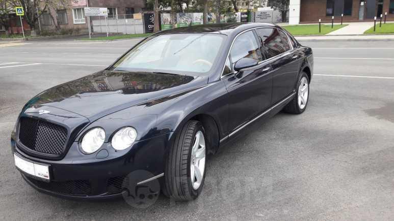 Bentley Flying Spur, 2007 год, 2 200 000 руб.
