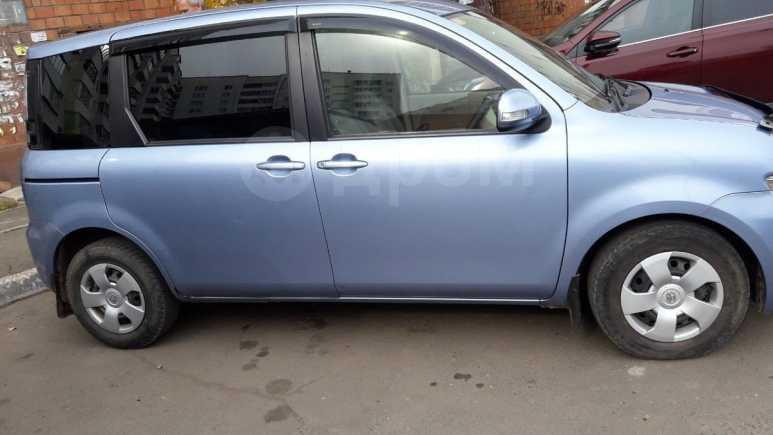 Toyota Sienta, 2011 год, 520 000 руб.