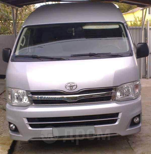 Toyota Hiace, 2011 год, 1 450 000 руб.