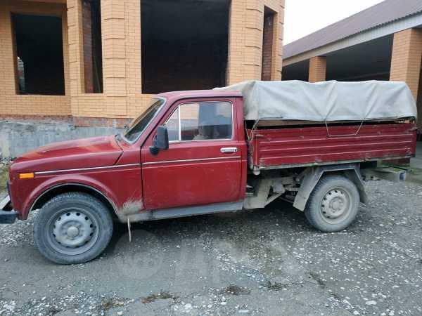 Лада 4x4 2121 Нива, 1995 год, 200 000 руб.
