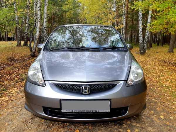 Honda Fit, 2004 год, 305 000 руб.