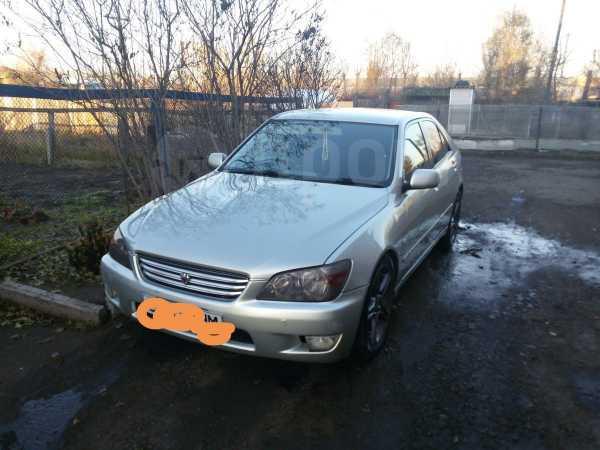 Toyota Altezza, 2001 год, 290 000 руб.