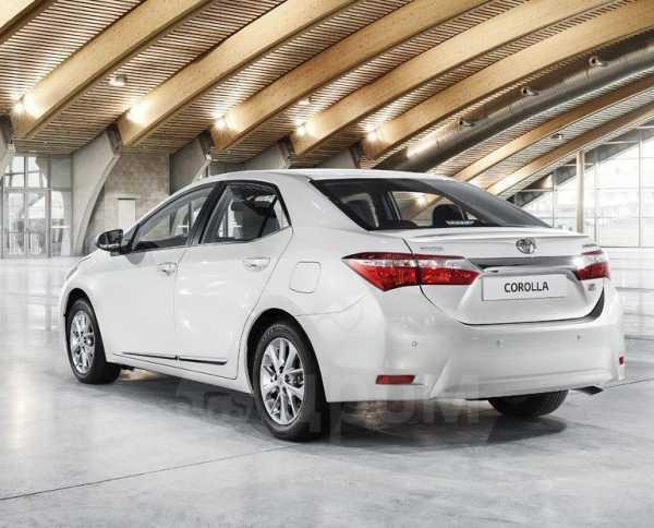 Toyota Corolla, 2015 год, 990 000 руб.