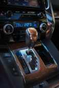 Toyota Alphard, 2015 год, 2 800 000 руб.