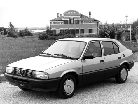 Alfa Romeo 33 (905) 05.1983 - 08.1986