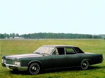 Lincoln Continental 5-й рестайлинг 1967, седан, 4 поколение