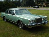 Lincoln Town Car 66D